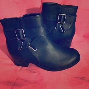 Girls ankle boot